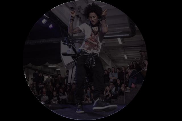 https://danceprestige.ro/wp-content/uploads/2020/02/lestwinswks-2014-640x427.png